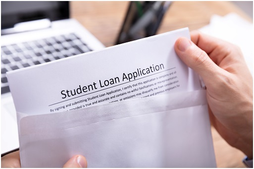 A Few Tips For Those Looking To Take Out A Student Loan