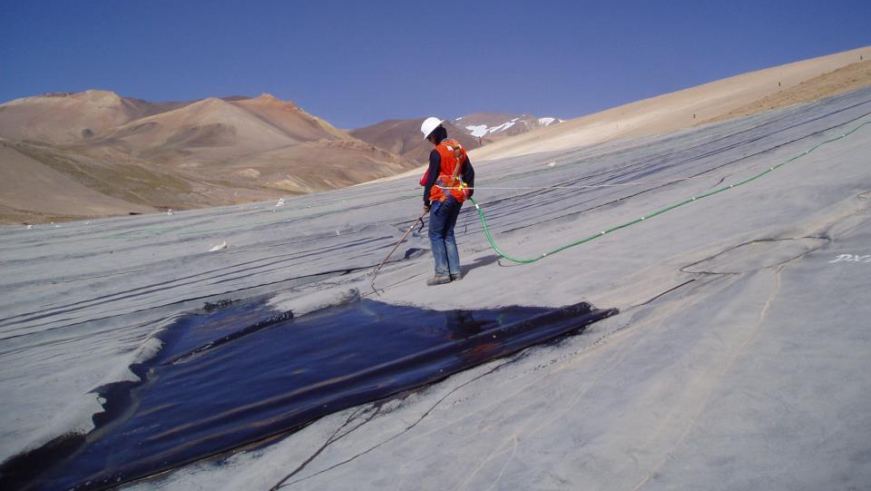 Knowing more about Geosynthetic Liner CQA